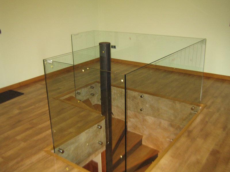 Barandilla de vidriolaminado