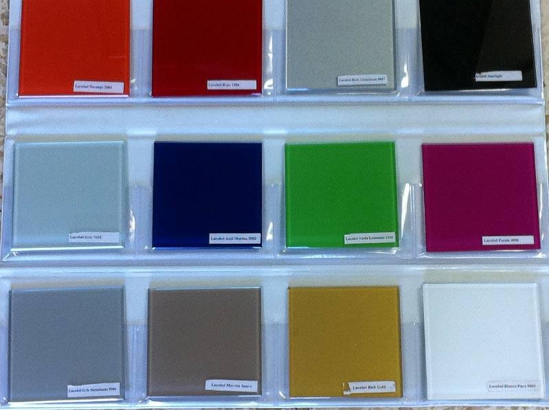 muestras de colores de vidrios lacados