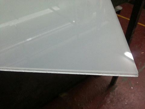 Vidrio laminado 4+4 translúcido (mateado)